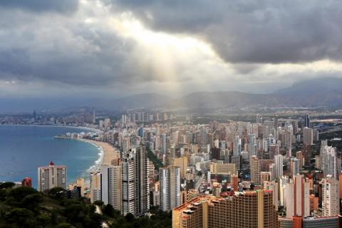 Насколько сильно подешевела недвижимость в Испании?